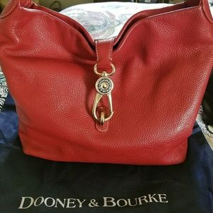 Dooney & Bourke Logo Lock hobo